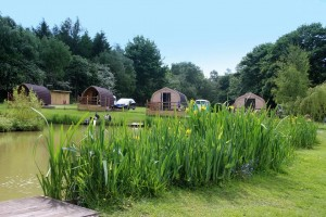 gallery-log-pods-img2